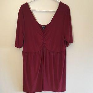 Torrid red v-neck short sleeve top tunic size 2x